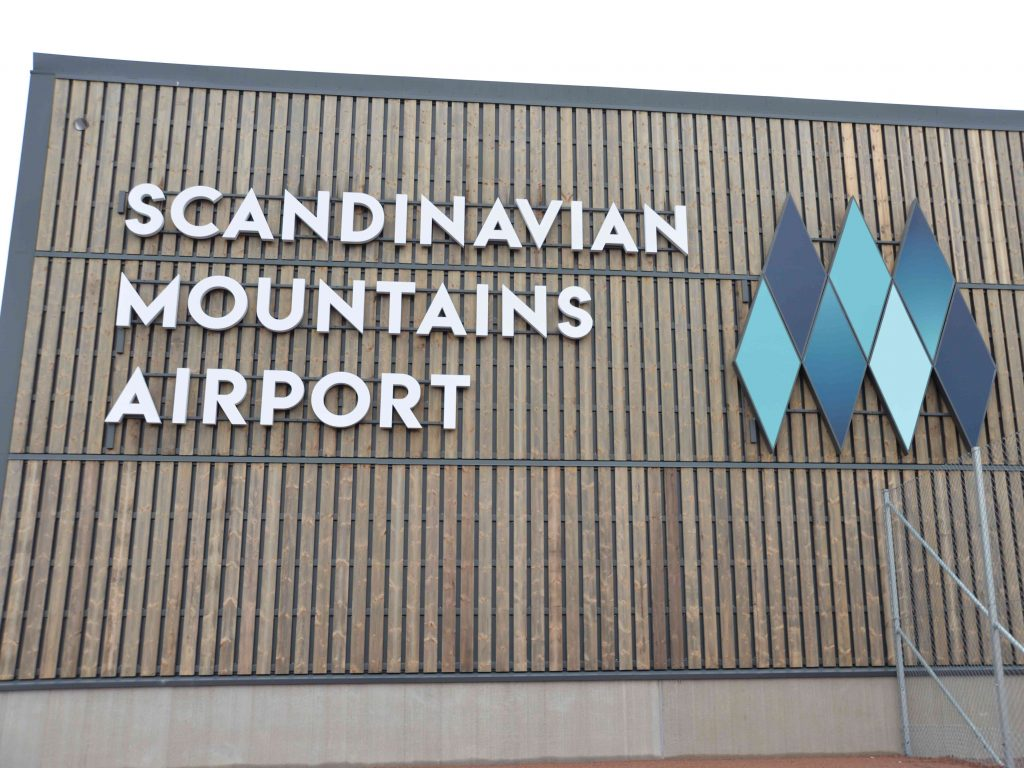 Flygplatsens fasad