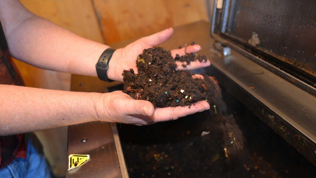 Kompost i händerna