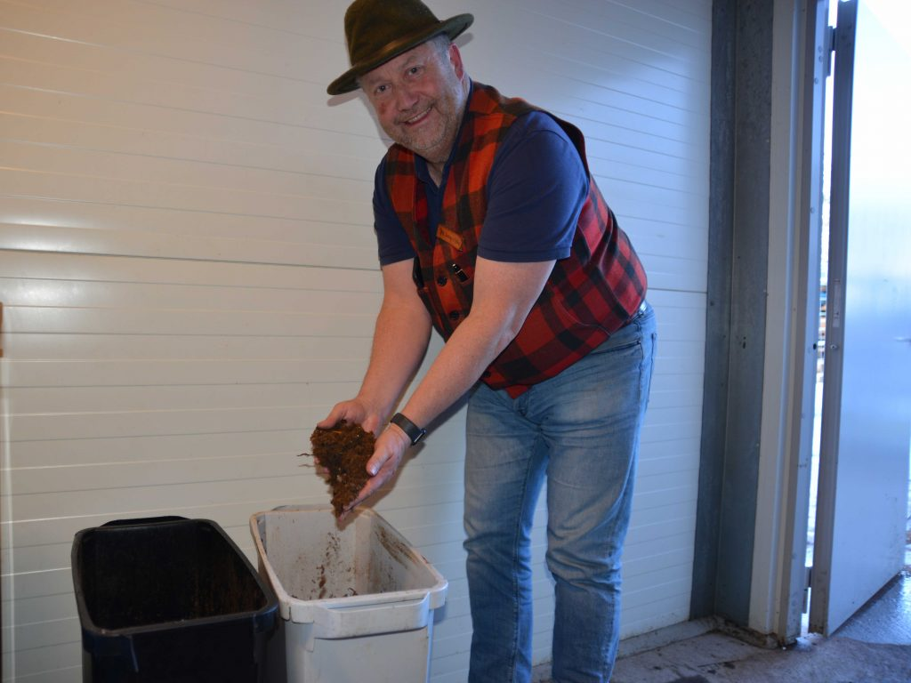 Kompostmaskinen Zid hos JonasiSälen